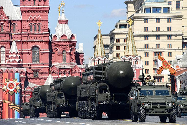 Российские комплексы межконтинентальных баллистических ракет «Ярс» РС-24