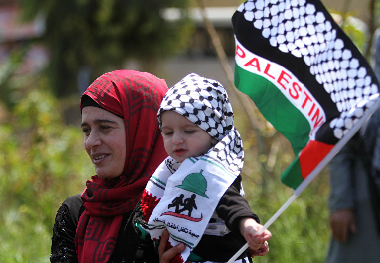 Палестика во время акции протеста в ознаменование 67-й годовщины «Накбы» в Ливане