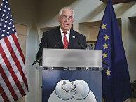 Госсекретарь США Рекс Тиллерсон выступает на церемонии открытия Арктического совета