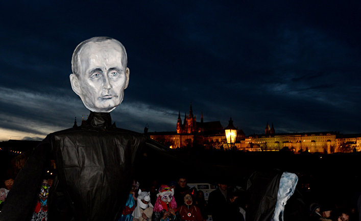 Карнавал в Праге, посвященный 26-й годовщине «бархатной революции»