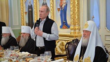 Президент РФ В. Путин посетил Валаам