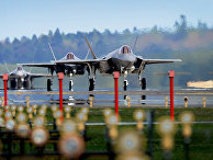 Прибытие истребителей F-35A Lightning в Англию