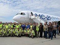 Первый полет нового российского пассажирского самолета МС-21