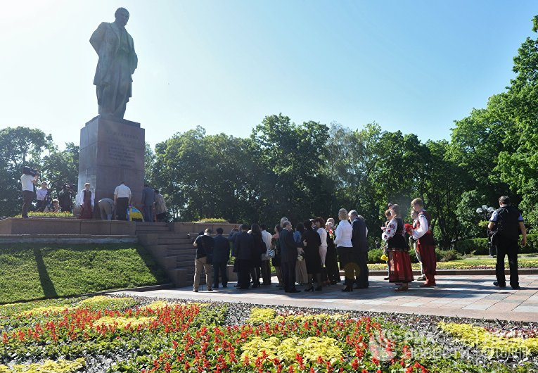 Годовщина дня перезахоронения праха поэта Тараса Шевченко