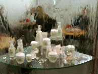 На выставке парфюмерии и косметики  в Москве