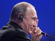 Президент РФ Владимир Путин на пленарном заседании ПМЭФ-2017