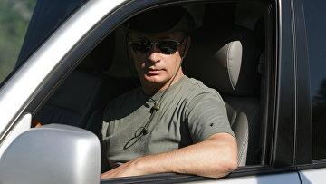 Премьер-министр РФ Владимир Путин на отдыхе в Республике Тыва