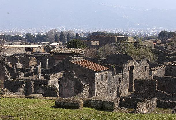 Древнеримский город Помпеи в Италии