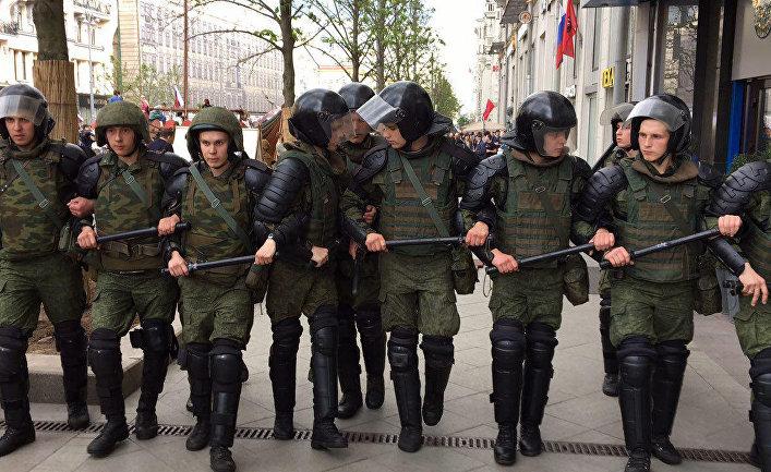 Во время акции на Тверской улице в Москве. 12 июня 2017
