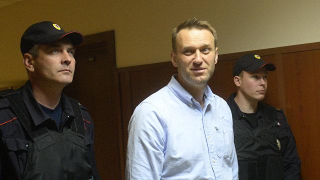 Японcкие читатели: Навальный не оппозиционер, а осужденный. Власти его просто избаловали! (Yahoo News Japan, Япония)