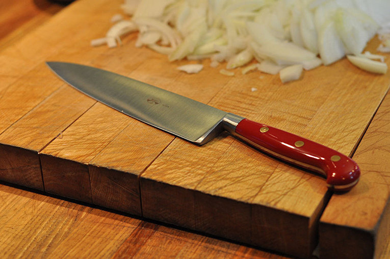 Поварской нож – классика кухонного инструмента