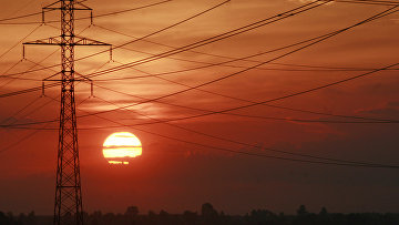 Линии электропередач возле Киева, Украина