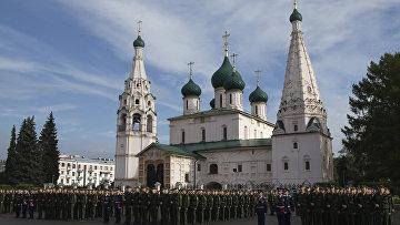 Приведение к военной присяге первокурсников военных училищ в городах России