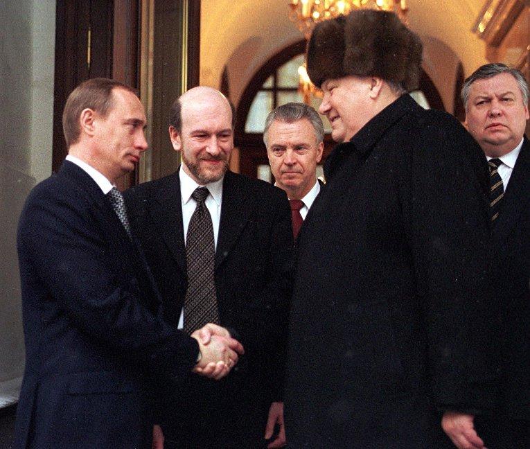 Президент России Борис Ельцин и премьер-министр Владимир Путин