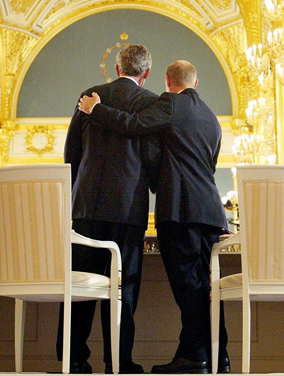 Президент России Владимир Путин и президент США Джордж Буш