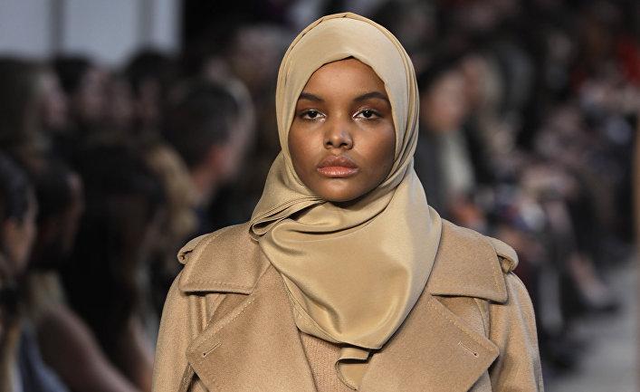 Супермодель сомалийского происхождения Халима Аден
