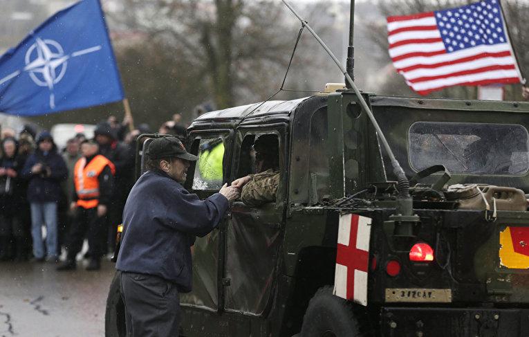 Американский конвой в Праге