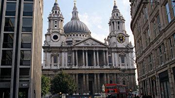 Кафедральный собор святого Павла, построенный на холме Ладгейт