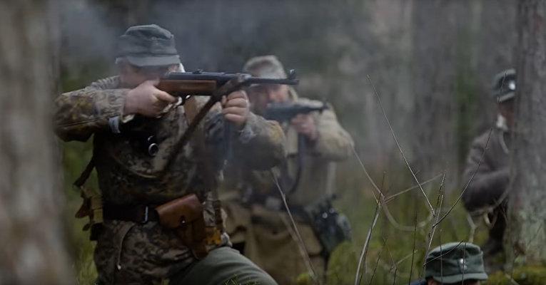 """Кадр из фильма """"Лесные братья. Сражение за Балтию"""", снятый документалистами НАТО"""