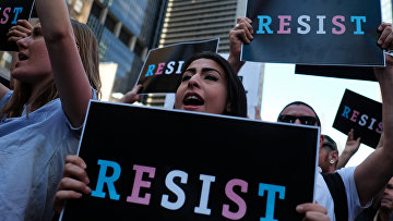 Акция протеста против ущемления прав трансгендеров в армии