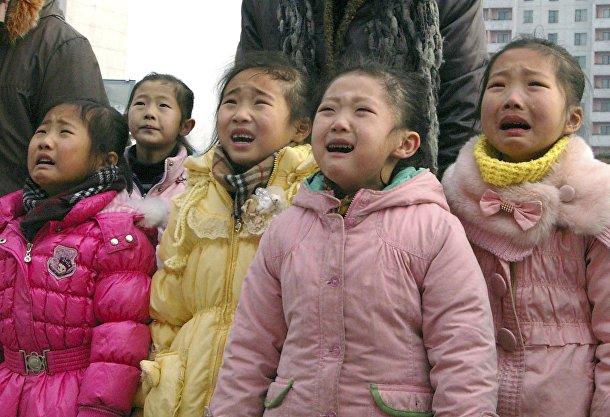 Жители Северной Кореи скорбят о смерти Ким Чен Ира
