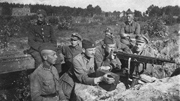 Польские окопы под Милосной, август 1920