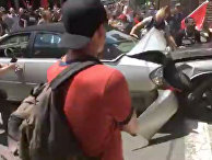 Автомобиль врезался в толпу, собравшуюся на улице в Шарлоттсвилль