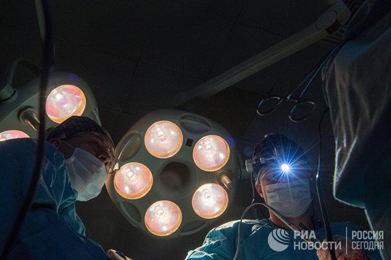 Операция в клинике урологии
