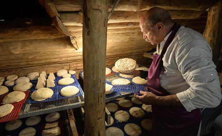 Производство французских сыров на ферме