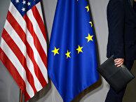Флаги США и Европейского совета в Брюсселе