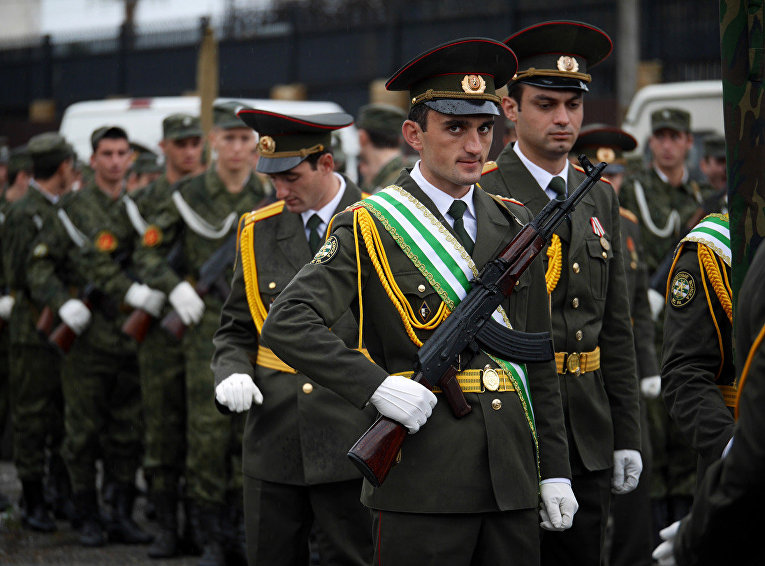 Сержант абхазской армии Алхаз Куркунава