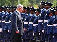 Почетный караул приветствует премьер-министра Израиля Биньямина Нетанияху в Доме правительства в Найроби