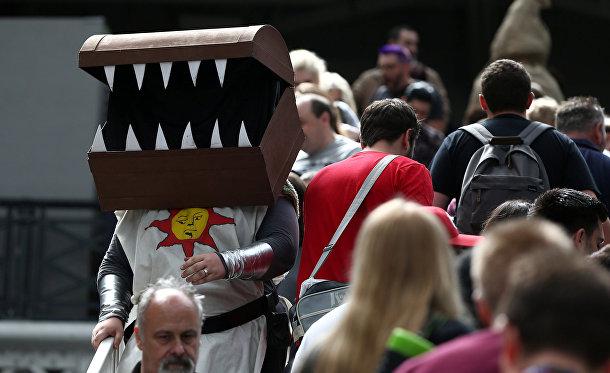 Неопознанный персонаж на Комикконе в Лондоне
