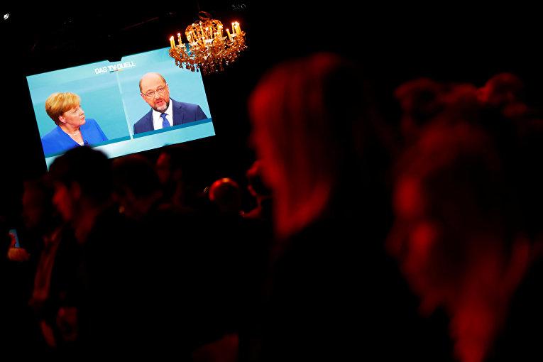 Дебаты между канцлером Германии Ангелой Меркель и кандидатом от СДПГ на пост канцлера Мартином Шульцом в Берлине