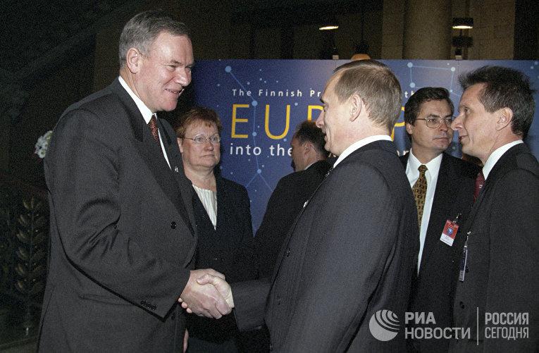 21 октября 1999. Премьер-министр Финляндии Пааво Липпонен встречается с Владимиром Путиным в Хельсинки
