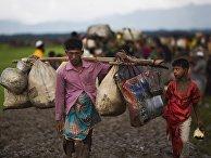 Члены этнических меньшинств в Мьянме, проживающие в Ричьяне, на границе с Бангладеш