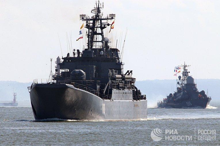 Выход кораблей Балтийского флота в море в рамках учений «Запад-2017»