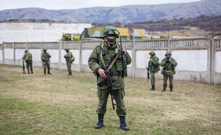 Ситуация у военной базы в селе Перевальное