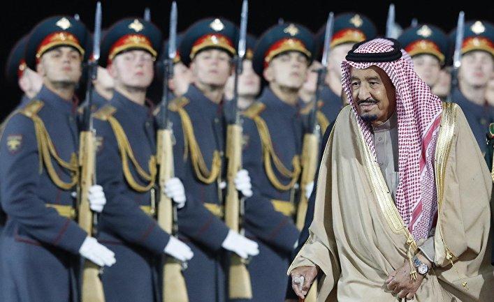 Почетный караул встречает короля Саудовской Аравии Салмана бен Абдель Азиз аль Сауда