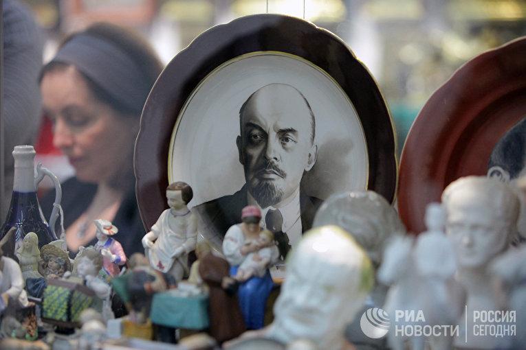 XXIX Российский антикварный салон открылся в ЦДХ