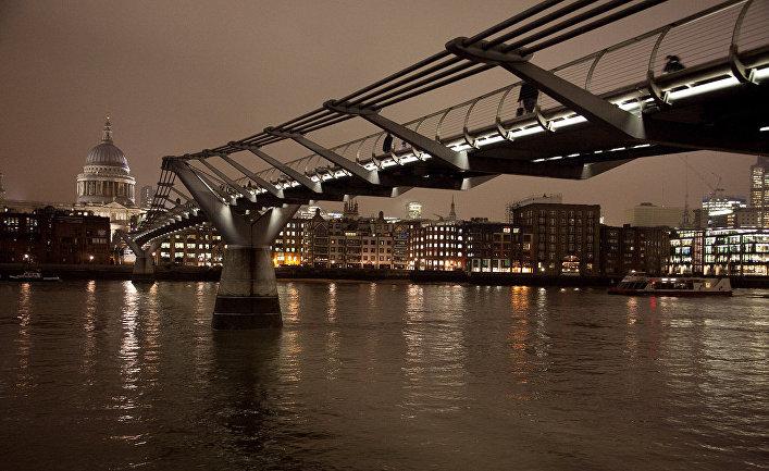 Лондонский пешеходный мост Миллениум