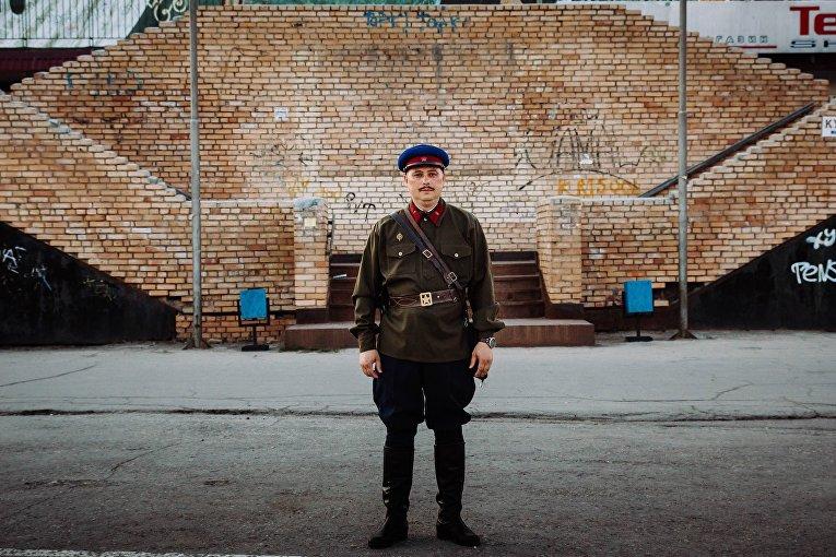 Дмитрий, 43 года: майор тайной полиции (НКВД), Вторая мировая война
