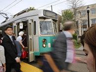 Трамвайная остановка в Бруклине, США