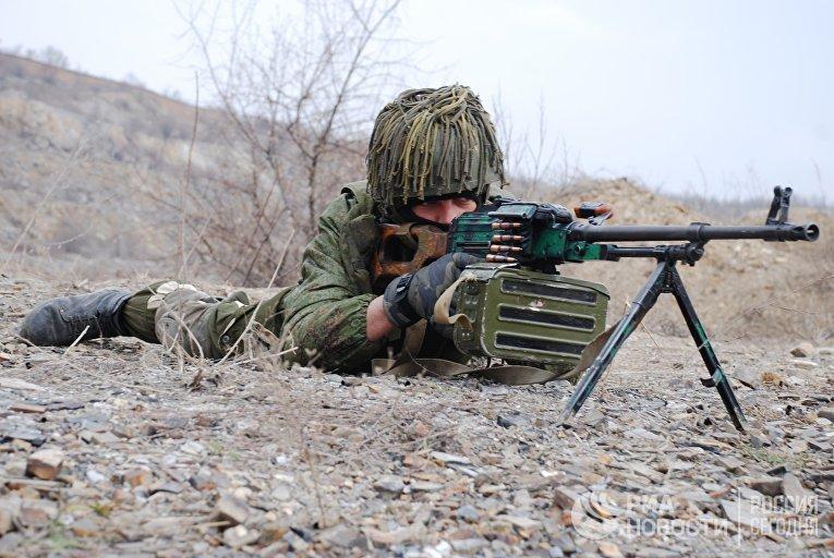 Боец Донецкой народной республики на учениях в Донецкой области