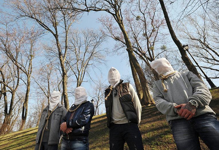 Люди, больные смертельными заболеваниями (гепатит, туберкулез, ВИЧ), вовремя акции «Обреченные» уздания Кабинета министров Украины
