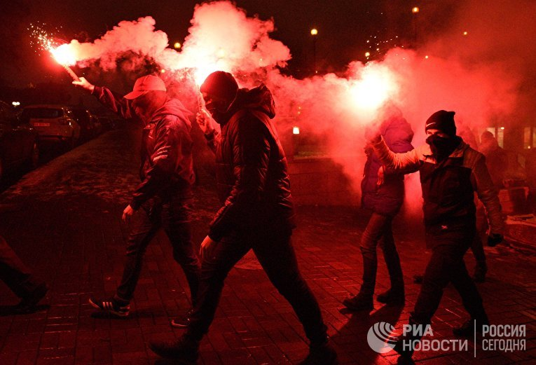 Шествие в Киеве, посвященное годовщине событий на Майдане