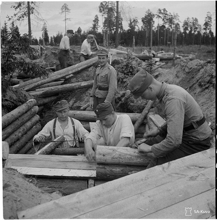 Финские солдаты на строительстве оборонительных сооружений в Карелии, 18 июня 1944 г.