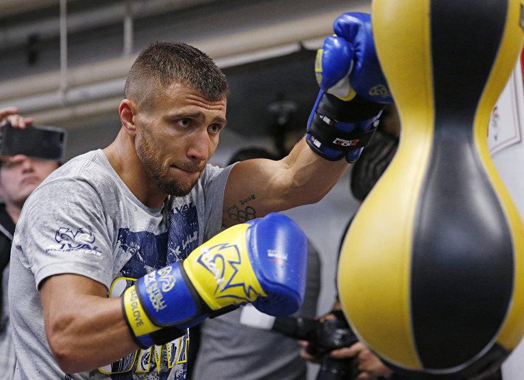Украинский боксер Василий Ломаченко в Нью-Йорке во время подготовки к бою с Гильермо Ригондо