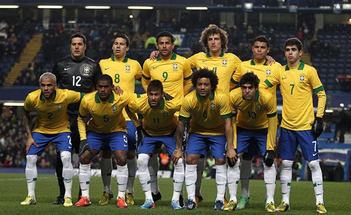 Футбол. Товарищеский матч. Матч Бразилия - Россия
