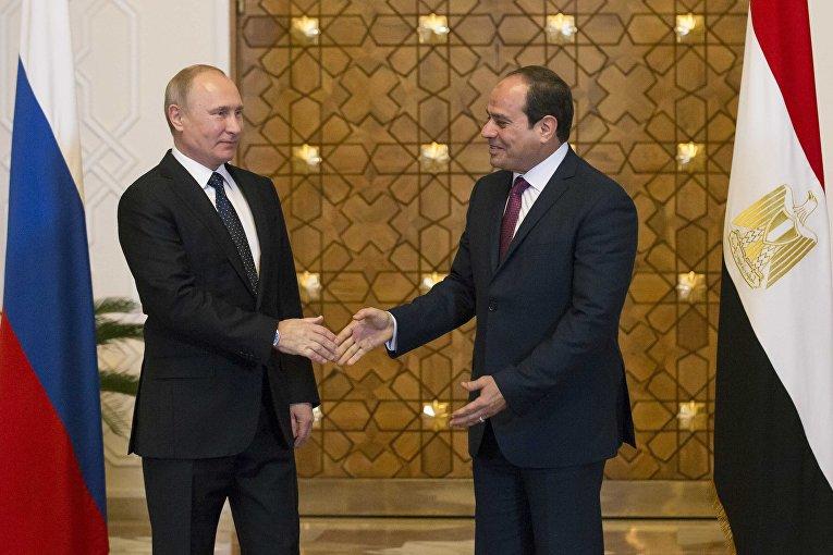 Президент РФ Владимир Путин и президент Арабской Республики Египет Абдельфаттах Сиси